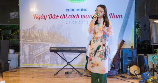 An Lạc Tân tổ chức gặp mặt thân mật nhân ngày Báo chí 21/6