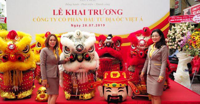 FSmart chúc mừng Việt Á Real khai trương văn phòng