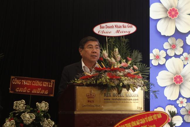 Chủ tịch UBND TP.HCM Nguyễn Thành Phong phát biểu tại hội nghị.
